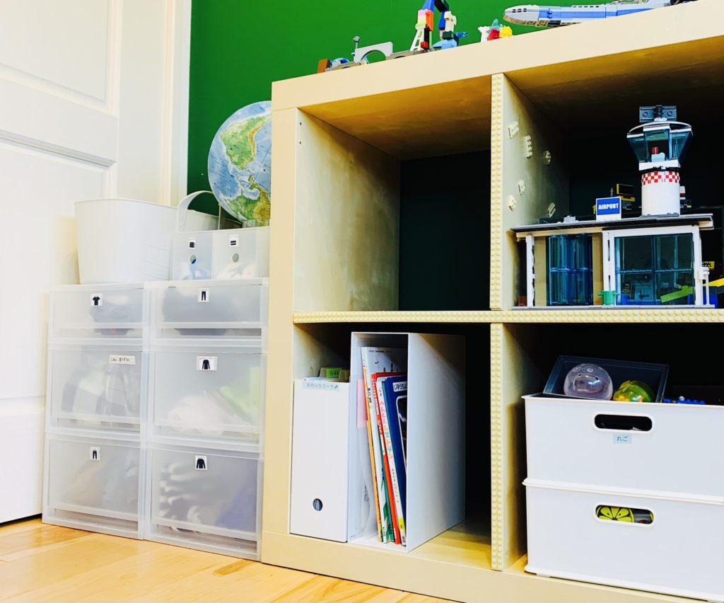 子ども部屋のオープン棚収納