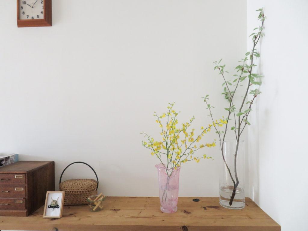 手軽に花を飾るコツ4. 花器との組み合わせをたのしむ。_1