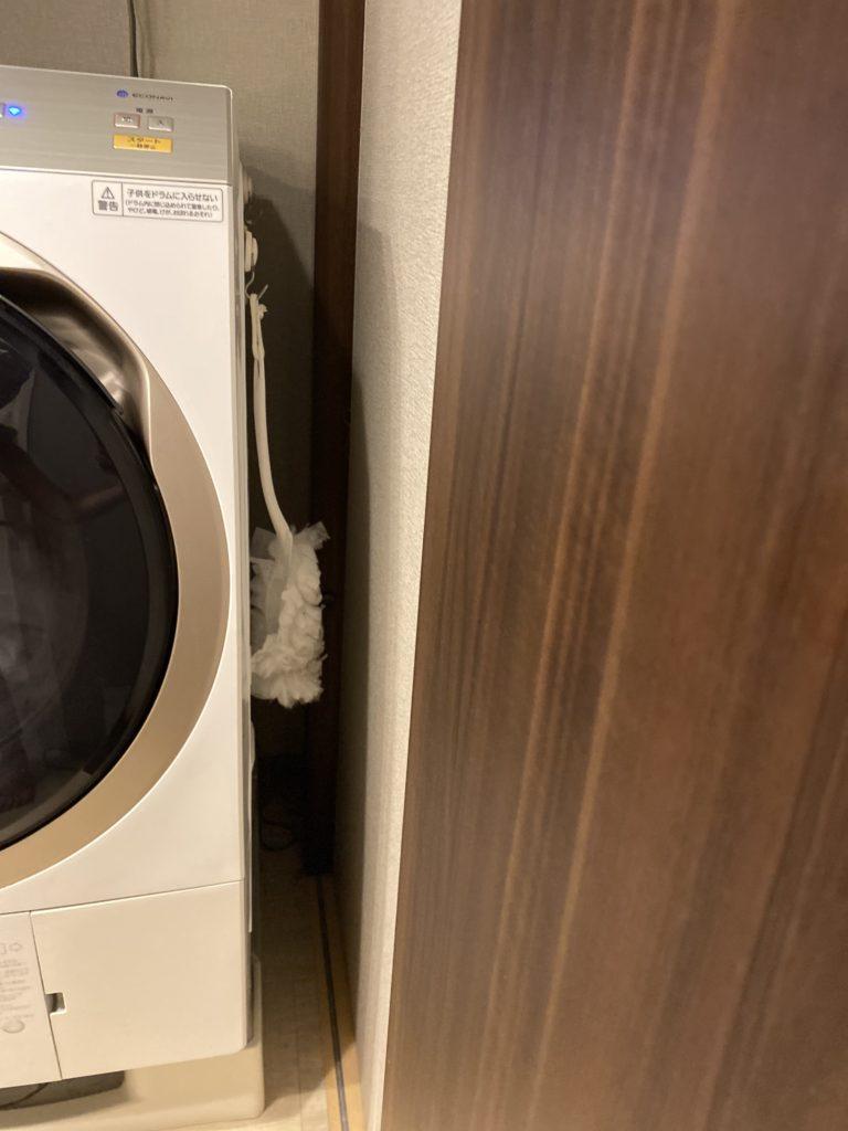 洗濯機に収納したハンディモップ