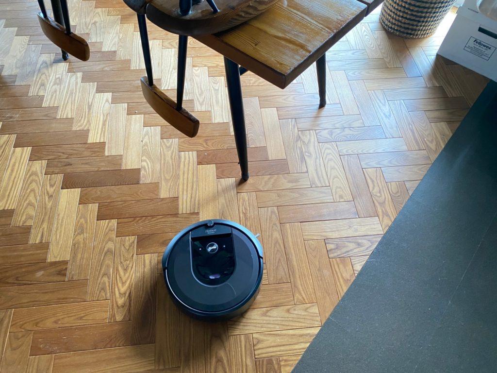 お掃除ロボット、ルンバ